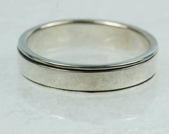 Minimalist Spinning Band Mens Ring Size: W 1/2-11 3/8