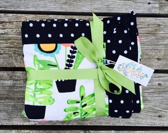 Plants and flowers retro print flannel blanket with trim for baby or child, soft cuddly blanket, garden and plant lovers, bold baby gift