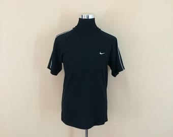 Vintage 90's Nike T-Shirt Embroidery Small Embroidery Logo