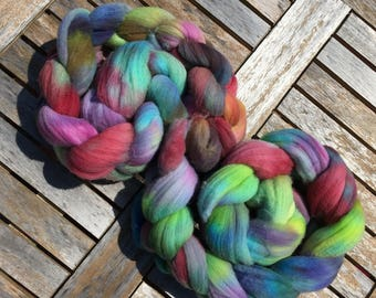 Gaia: 100g Rambouillet hand dyed fibre tops