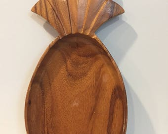 Monkeypod vintage wooden pineapple bowl / tray - large
