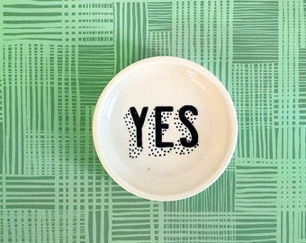 Small YES Ring Dish
