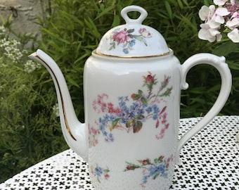 1930's porcelain teapot.