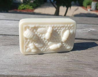 Beeswax Bumblebee Soap Large
