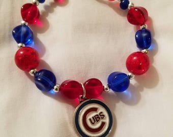 Chicago Cubs Bracelet. Charms and Glass Beads. SB1