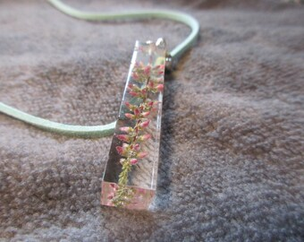 Necklace with genuine Heather in there