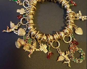 Beautiful Multi Charm Christmas Bracelet. Many Charms