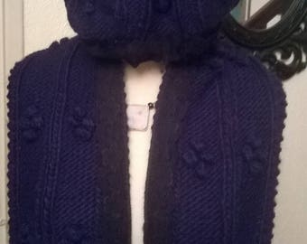 Acrylic and viscose beret and scarf set