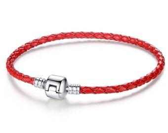 Simple leather bracelet. Several colors