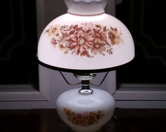Globe lamp - beautiful . Was 28.00...Now 25.00