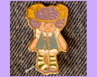 Vintage 1980 Angle Cake Brooch Pin  ~ © American Greeting Cards from Strawberry Shortcake Collection
