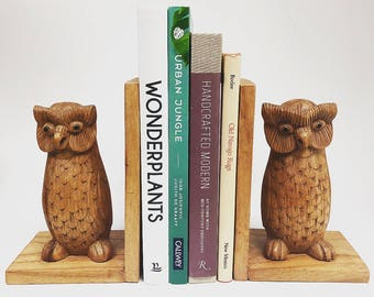 Vintage Wooden Owl Bookends // Hand Carved Owl Bookends //VTG Owl Decor