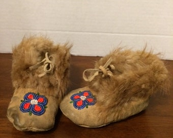 Vintage Children Native American Leather Moccasins