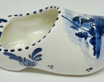 Ash tray, clog shoe Delft blue porcelain from holland