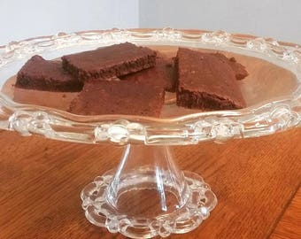 Vintage Clear Glass Cake Stand- Ornate edge
