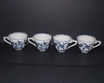 Lot 4 Vtg Blue Danube Onion JAPAN rectangle mark tripod hdl cups only No saucers