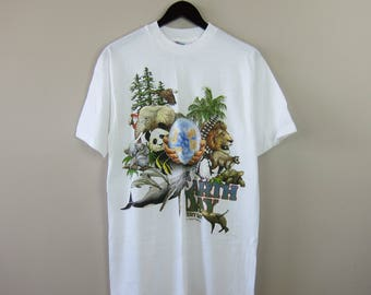 80s Hanes White Made in the USA '89 100% Cotton 'Earth Day Everyday' Animal & Hands Front Decal Short Sleeve TShirt