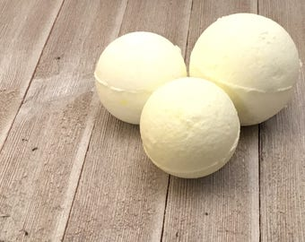 Tea Tree and Lemon scented bath bombs