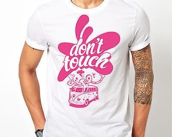 "Mens VW Volkswagen Camper Van ""Don't Touche"" Pink - White T-shirt"