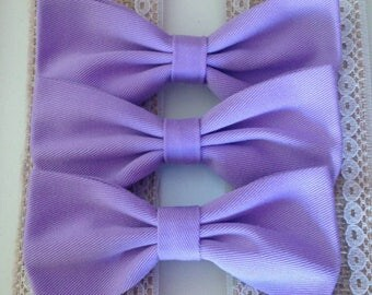 Lilac fabric bow on crocodile clip