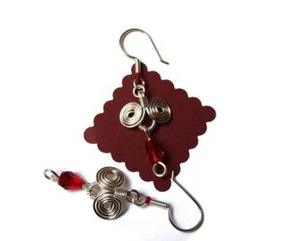 Ethnic inspired brass wire earrings silver red beads