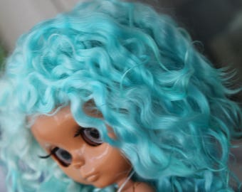 Availible blythe doll wig