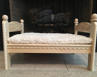 Cat or Small Dog Handmade Bed
