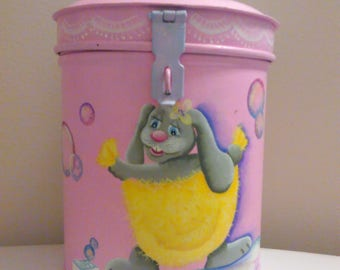 Tin Bunny Bath container(recycled)