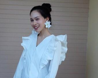 M gardinia white earring