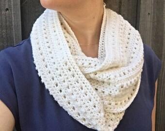 Ready to ship - Handmade Crochet Alpaca and Silk Infinity Scarf in White