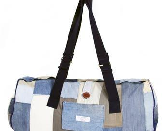 Suitcase sporting denim. Size: 66 cm x 30 cm