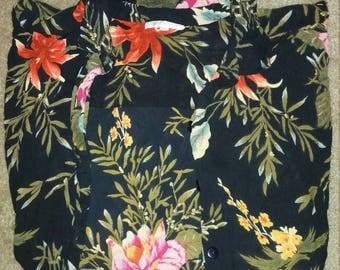 Vintage Women's 1x Floral Buttondown Shirt