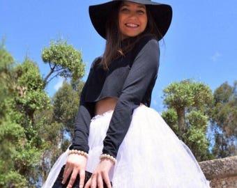 Tulle Skirt - Elastic waistband - evasé - white color - party - celebration - spring - summer