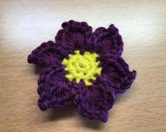 Crocheted Purple Daisy Barrette