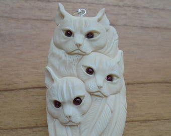Cat Group Bone Pendant with Garnet Stone, Cat Carving, Bali Bone Carving P324