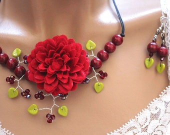 Set Pearl branch floral red/burgundy/Green