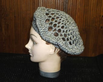 woman wool beret