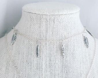 Silver feather choker