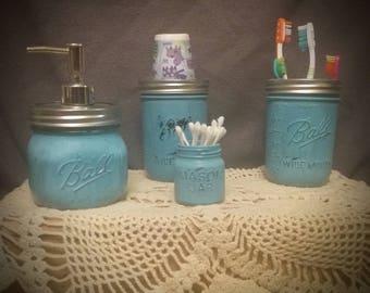 Distressed Mason Jar bathroom accessories