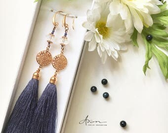Earrings with tassels and mountain crystals