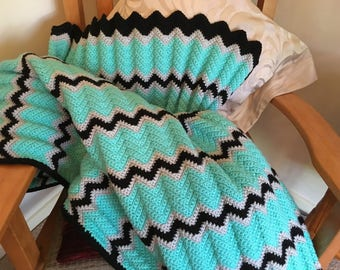 Extra Thick Warm and Cosy Afghan