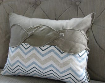 3-D small decorative pillow, leaf design