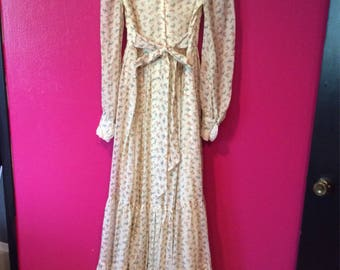 Vintage 1970's Gunne Sax floor length dress