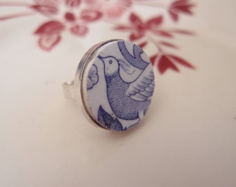 Swallow ring retro vintage - porcelain dishes old Bluebird