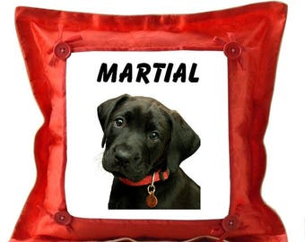 Red cushion Labrador personalized with name