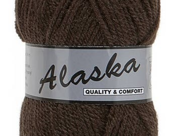 9 skeins wool Brown / Brown (110) for knitting and crochet, 30% wool superwash, needle, 3, 5-4 - thread