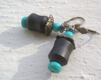Limed ash earrings