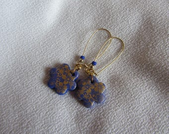 Dangle earrings blue polymer clay flower sequin and flower gold, blue and gold, elegant earrings