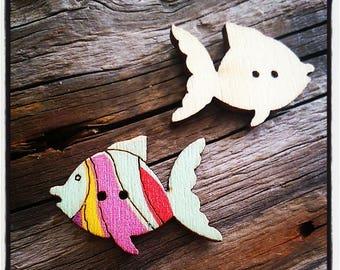 Multicolor wooden fish button