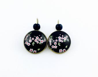 Bronze earrings - cabochon - cherry blossoms - Black Pearl